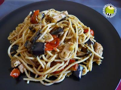 C mo cocinar para humanos espaguetis con pez espada for Cocinar pez espada