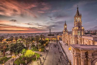 Plaza de Armas de Arequipa, Arequipa, Centro de Arequipa