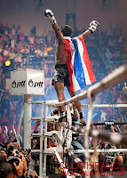 buakaw thai fight champion