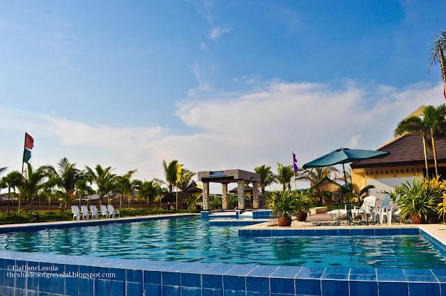 Lucky  Beach Resort Rates