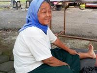 Kisah Nenek Asal Ponorogo Merantau ke Sukaharjo Bersama Suami yang Sakit, Tiap Bulan Cari Rp 100 ribu untuk Ini