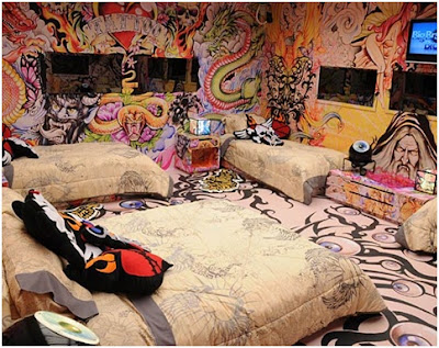 TATOOED BEDROOMS FOR TEENAGERS - BIG BROTHER BRAZIL
