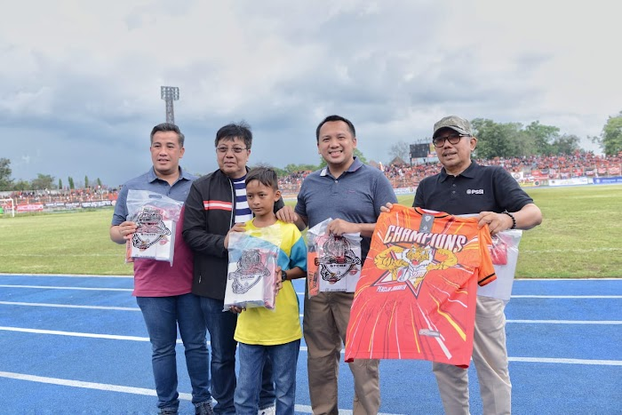 Laga Amal Persija Vs Lampung All Stars Sukses, Ridho Minta Dijadikan Momentum Kebangkitan Sepak Bola Lampung