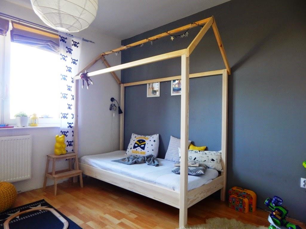 grey-boy-room