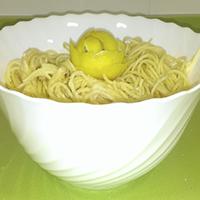 http://recetasoriginalesblog.blogspot.com.es/2014/09/espaguetis-al-limon.html