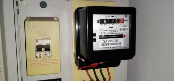 قياس الكهرباء