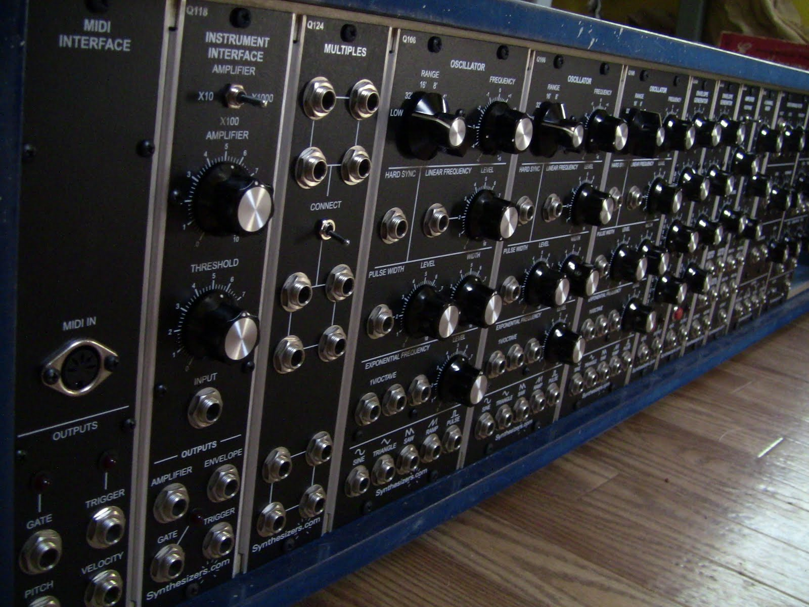 synth tard my custom modular synthesizer. Black Bedroom Furniture Sets. Home Design Ideas
