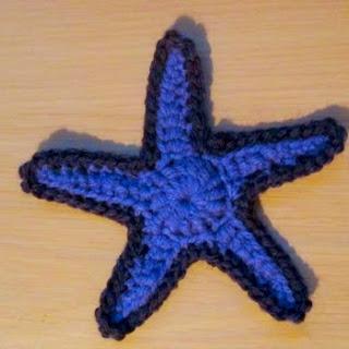 http://translate.google.es/translate?hl=es&sl=en&tl=es&u=http%3A%2F%2Fmithfloweramigurumi.tumblr.com%2Fpost%2F108546894777%2Fcrocheted-starfish