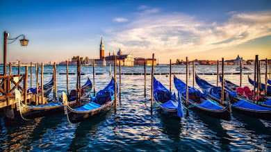 Gondolas from Venice at Sunset HD