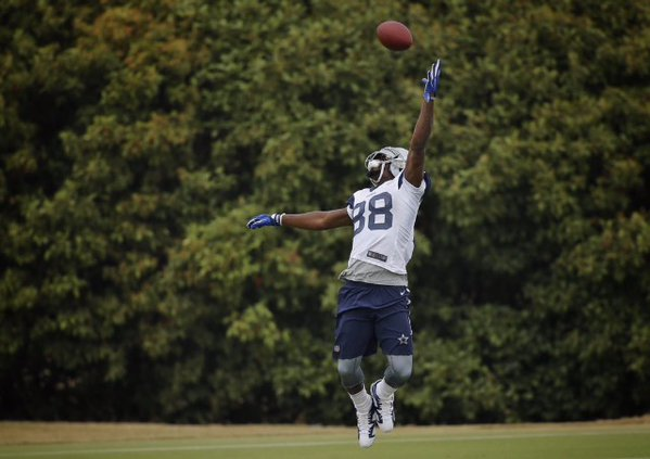 Dallas Cowboys Wr Dez Bryant Back At Practice Making One