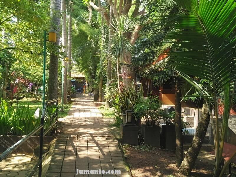 suasana kampoeng bamboe lampung