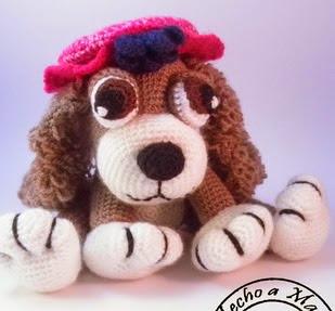 http://creandomingumiosdeesos.blogspot.com.es/2014/04/perrita-con-sombrero.html
