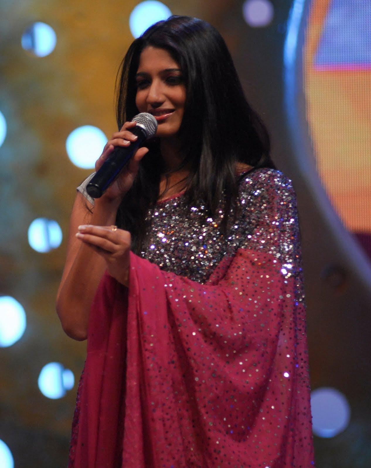 Anjali Hot In Maharaja - 0425