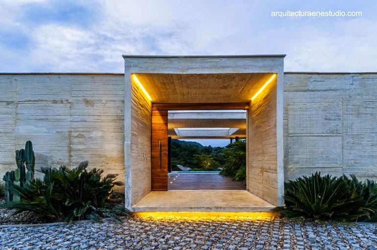Residencia contemporánea de concreto en Colombia