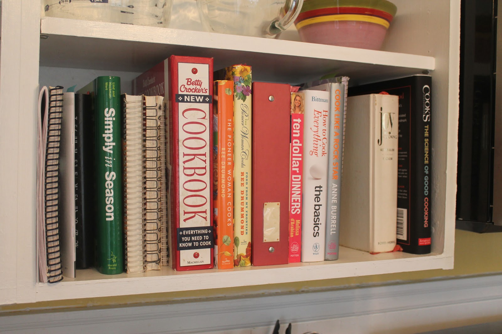 Kitchen Bookshelf White Backsplash Tile She Who Makes Cookbooks On My Betty Crocker S New Cookbook Basic Cooking Information With Many Tried And True Recipes Pioneer Woman Cooks From An Accidental Country Girl