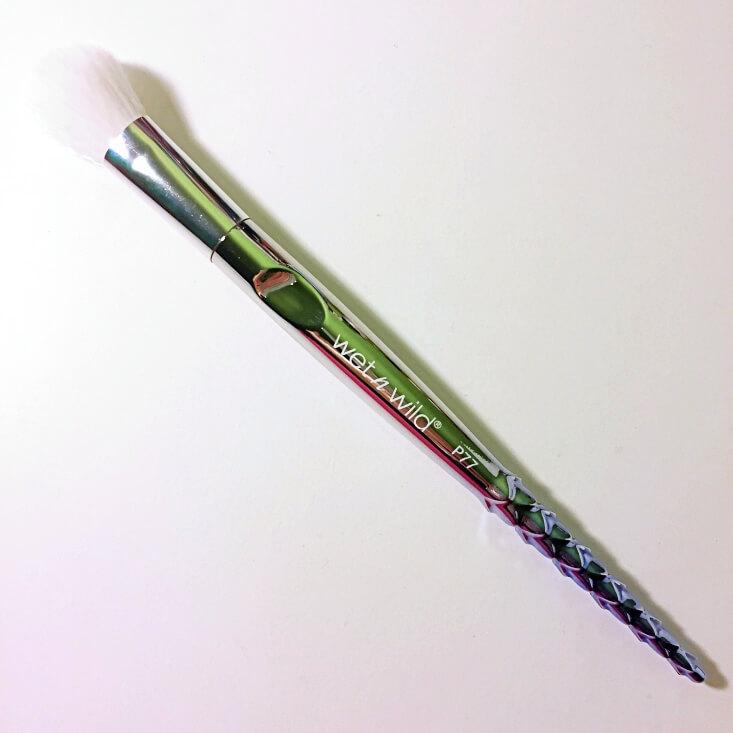 wet n wild Pro Brush Line Highlighter Brush P77
