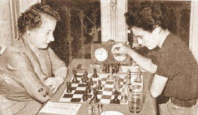 Partida de ajedrez Maria Rosa Ribes contra Júlia Maldonado