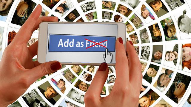 Declarado por un Tribunal: Los 'amigos' en Facebook no son verdaderos amigos