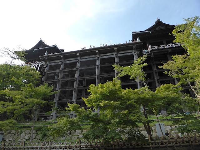 Cimientos de la terraza del templo Kiyomizudera