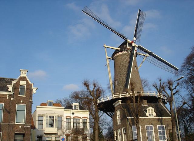 Moinhos em Gouda na Holanda