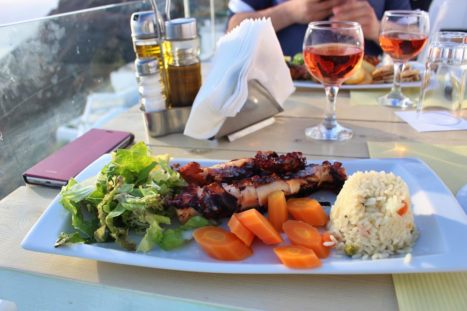 greece food, lucie srbová, česká blogerka, blogerka, santorini