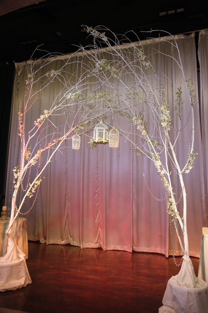 tree branches wedding decoration idea a wedding planner malaysia blog. Black Bedroom Furniture Sets. Home Design Ideas