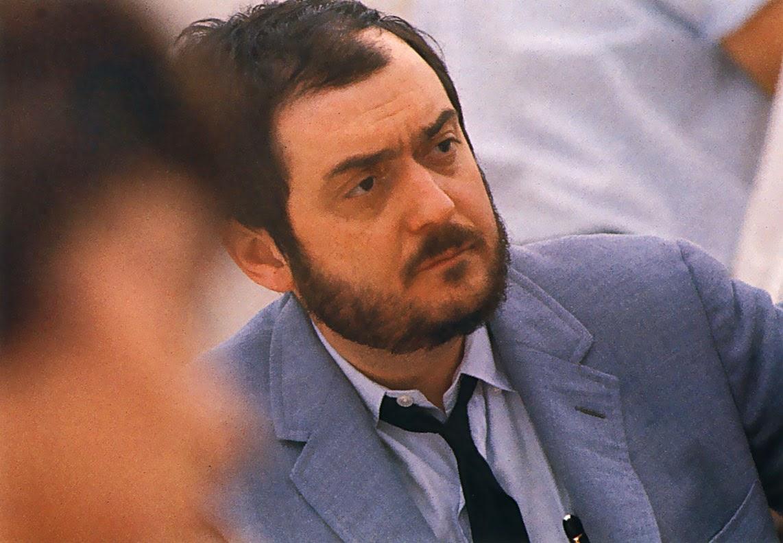 Photo de Stanley Kubrick, un réalisateur américain né le 26 juillet 1928 à New York, dans le quartier du Bronx, et mort le 7 mars 1999 dans son manoir de Childwickbury.