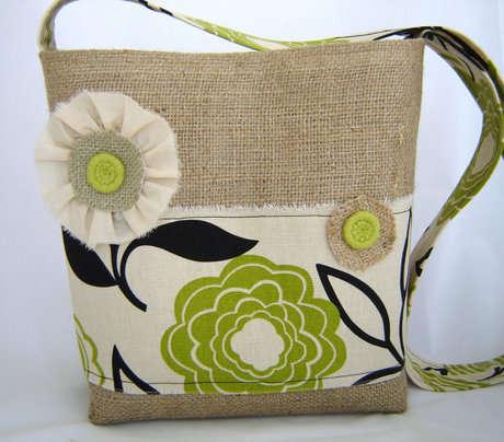 Como fazer uma bolsa de juta feito por mim artesanato for Disenos de bolsos de tela