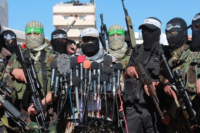 تحدير للاحتلا من قبل اجنحة عسكرية من مغبة عدوانه علي غزة
