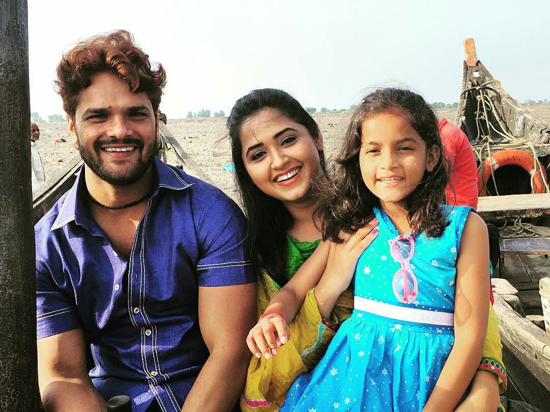 Kajal Raghwani and Khesari Lal Yadav Shooting stills of Bhojpuri Movie Dulhan Ganga Paar Ke