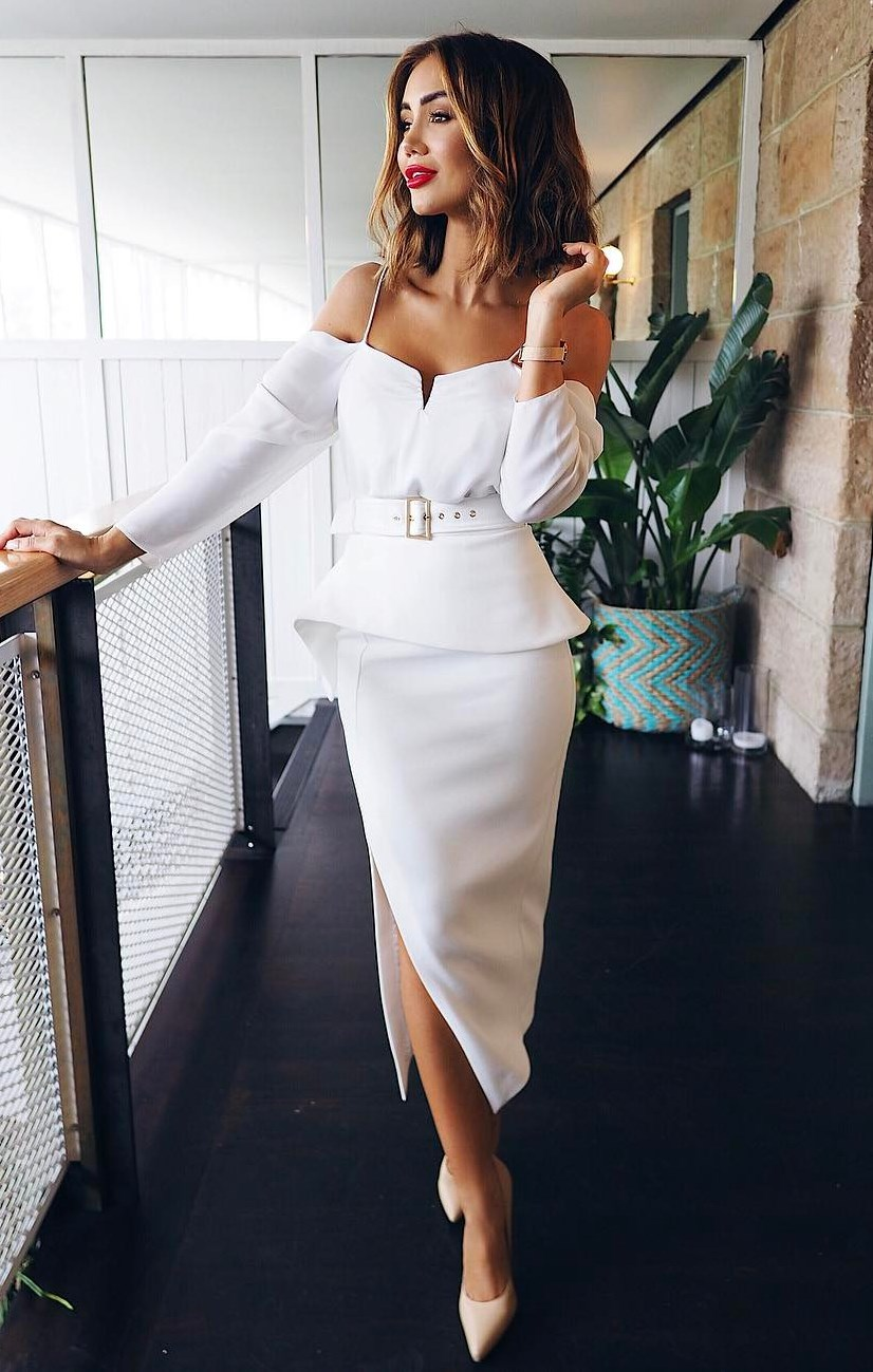 elegant outfit idea / white dress and heels