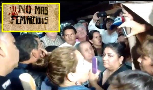 Vecinos de Ecatepec encaran a su alcalde y le exigen su renuncia por feminicidios