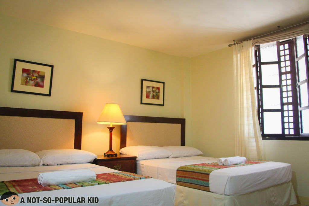 The Deluxe Twin Room of Metro Vigan Inn