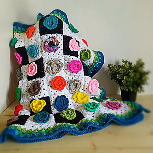 Crochet Afghan with Flowers - Free Diagram