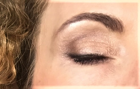 maquillage des yeux réalisé avec la palette Baked and Beautiful de bh cosmetics gros plan