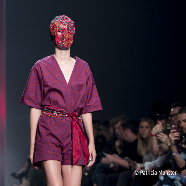 Merel van Glabbeek at Amsterdam Fashion Week - mask