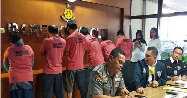 Polisi Masih Kejar Perempuan Berinisial TM yang Menjadi Inisiator Kelompok Penyebar Hoax The Family MCA...