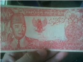 Uang gambar soekarno