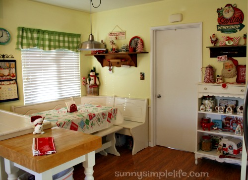 Holiday home tour, vintage 50's kitchen