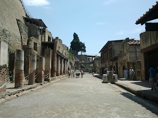 The ruins at Ercolano are better preserved than at its more famous neighbour Pompeii