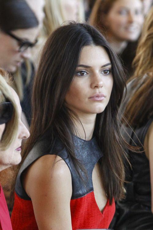 kim kardashian straight hairstyles : Kendall jenner cut her hair