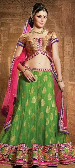 Gorgeous Indian Model Girl In Mehndi And Sangeet Lehenga.