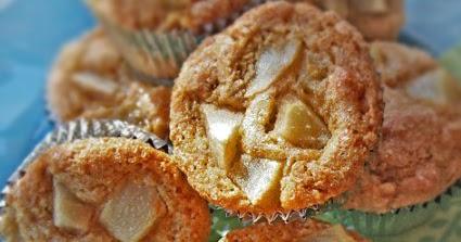 Gluten-Free Goddess Recipes: Gluten-Free Pear Polenta Muffins