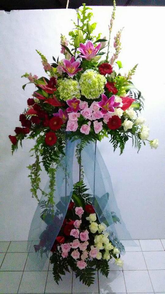 Toko Jual Bunga Online Murah di Cengkareng Barat Karangan Bunga Murah  Florist menjual bervariasi macam karangan serta alur bunga untuk bervariasi  keperluan ... b9c3b104c5