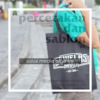 http://www.percetakanmurahsby.com/2018/12/tas-furing-tas-spunbound-tas-seminar-082140642119.html