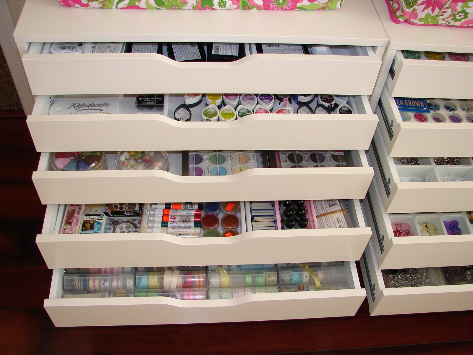 craft room storage ideas ikea 1000 images about rangement scrapbooking on 6371