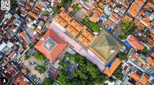 tempat wisata di Surabaya Masjid Ampel