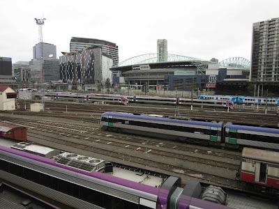 Vistas desde La Trobe Street. El estadio Etihad al fondo. Melbourne