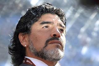 Maradona não se conteve diante de tamanha tragédia