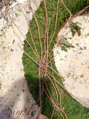 wreath+05 Spring Moss Wreath 26